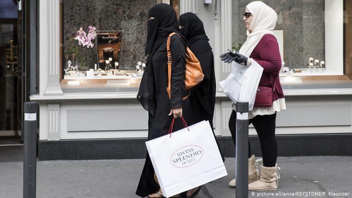 swiss_europe_parandja_niqab_070321